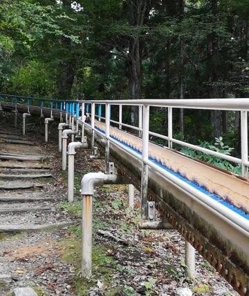 加茂山公園アスレチックローラー滑り台画像